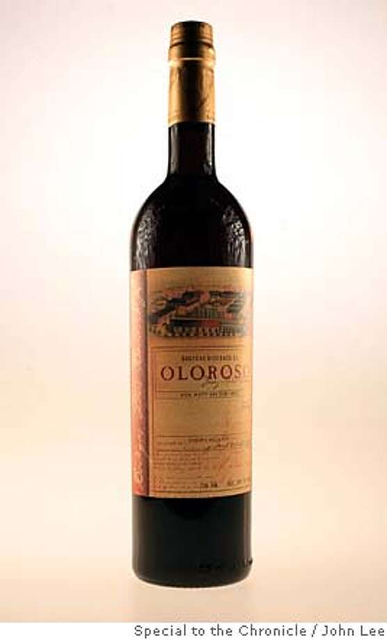 INOURGLASSES14_04_JOHNLEE.JPG  Dios Balo Oloroso Sherry.  By JOHN LEE/SPECIAL TO THE CHRONICLE Photo: John Lee