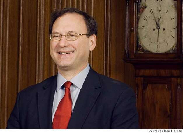 Justice Samuel A. Alito poses for photographers in the Justices' Dining Room at the U.S. Supreme Court in Washington February 16, 2006. REUTERS/Ken Heinen/Supreme Court Pool 0 Photo: HO