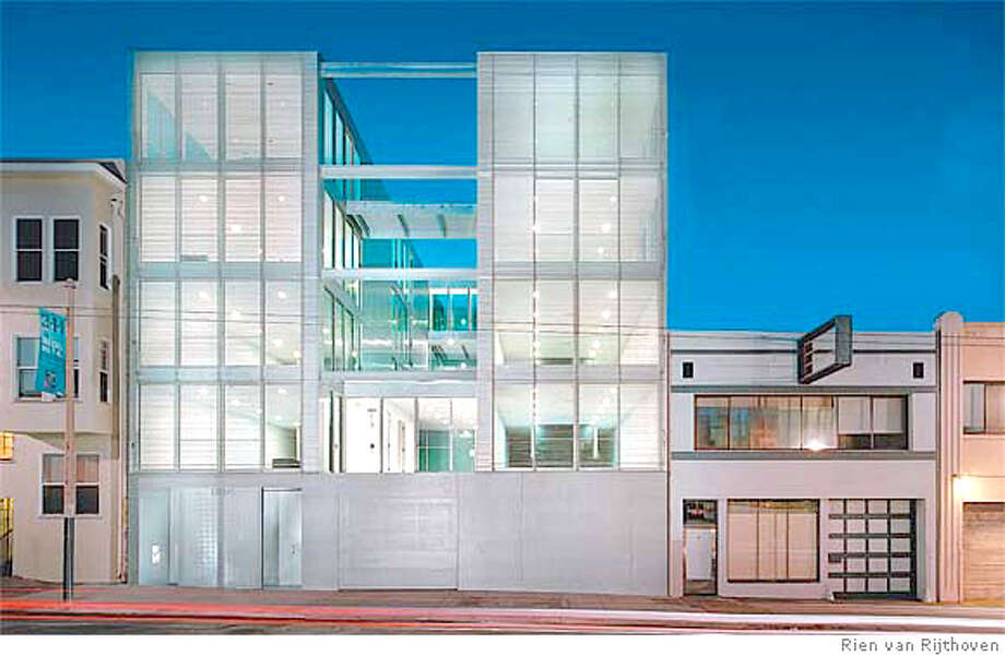 1234 Howard St., once a shady address, is now a place on the architectural map of San Francisco. A new building designed by Stanley Saitowitz of Natoma Architects has a facade made of aluminum blinds. Photo by Rien van Rijthoven