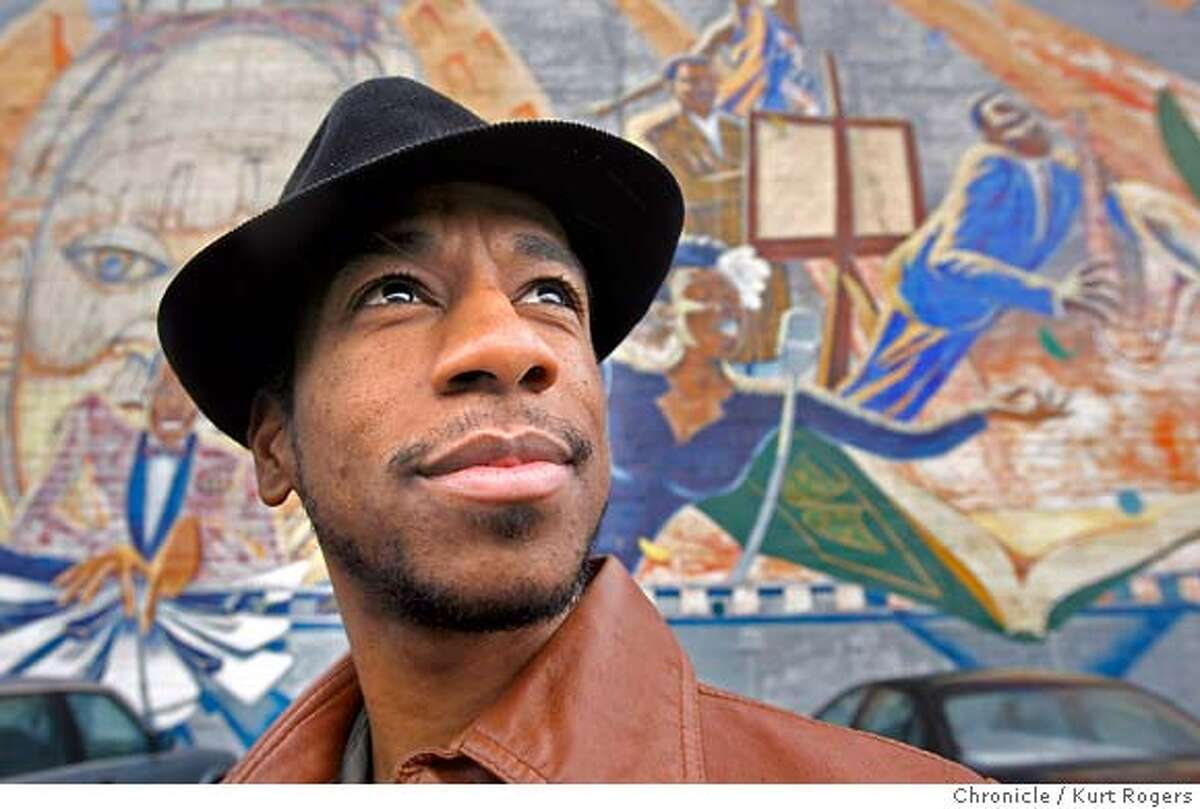 Dancer Robert Henry Johnson for Black history month. Kurt Rogers San Francisco SFC The Chronicle BLACKHISTORY14_JOHNSON_00185_kr.JPG MANDATORY CREDIT FOR PHOTOG AND SF CHRONICLE/ -MAGS OUT