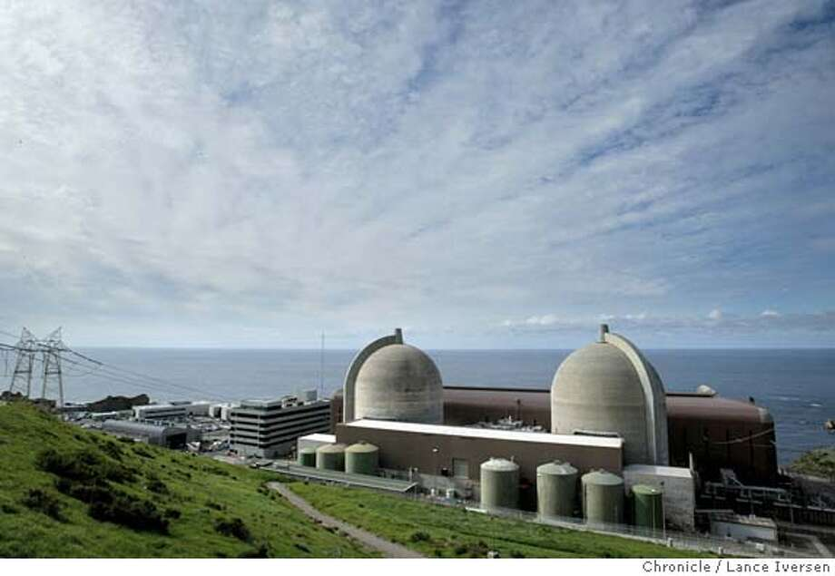 DIABLO1-C-19FEB03-MT-LI PG & E Diablo Nuclear power plant in San Luis Obispo is proposing a new innovative way of storing it's nuke waist. This proposal is drawing concerns in the light of possible terrorist attacks. BY LANCE IVERSEN/SAN FRANCISCO CHRONICLE CAT NORTHERN CALIFORNIA MANDATORY CREDIT FOR PHOTOG AND SF CHRONICLE/ -MAGS OUT