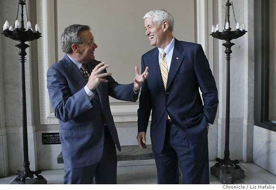 UCFUNDS11_035_LH_.JPG  Walter B. Hewlett (left), chairman of the William and Flora Hewlett Foundation, giving a donor gift of $113 million to UC Berkeley. Robert J. Birgeneau, chancellor of UC Berkeley at right.  Liz Hafalia/The Chronicle/BERKELEY/9/11/07  **Walter B. Hewlett, Robert J. Birgeneau cq �2007, San Francisco Chronicle/ Liz Hafalia  MANDATORY CREDIT FOR PHOTOG AND SAN FRANCISCO CHRONICLE. NO SALES- MAGS OUT. Photo: Liz Hafalia