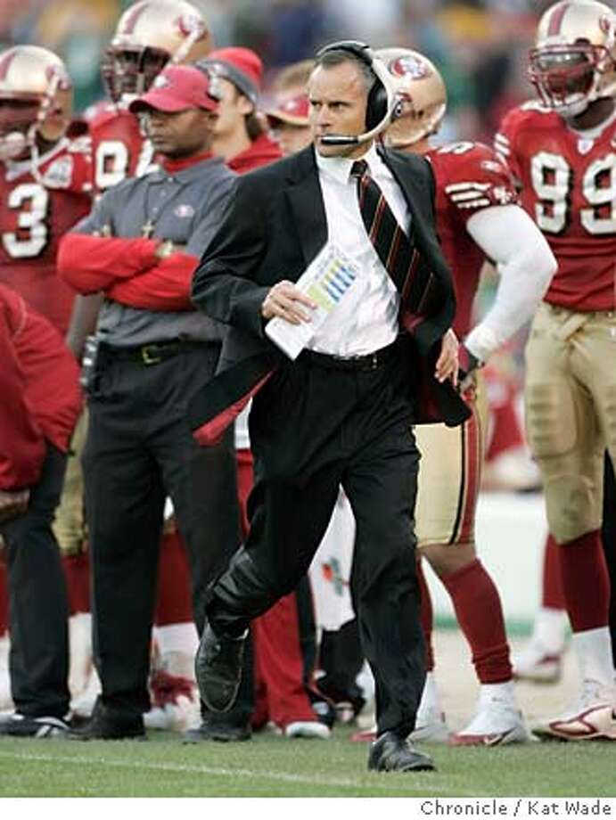 49ers10 0090 KW .jpg The San Francisco 49er s head coach Mike Nolan runs  down the field in ceba3a40f