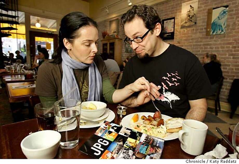 ONTHETOWN_DEREK_009_RAD.JPG SHOWN: Heather Champ and Derek Powazek, bloggers and publishers of JPG, a photography magazine, enjoy breakfast at one of their favorite restaurants, Zazie, on Cole St. in San Francisco. Photo taken on 1/22/06, in San Francisco, CA.  By Katy Raddatz / The San Francisco Chronicle MANDATORY CREDIT FOR PHOTOG AND SF CHRONICLE/ -MAGS OUT Photo: Katy Raddatz