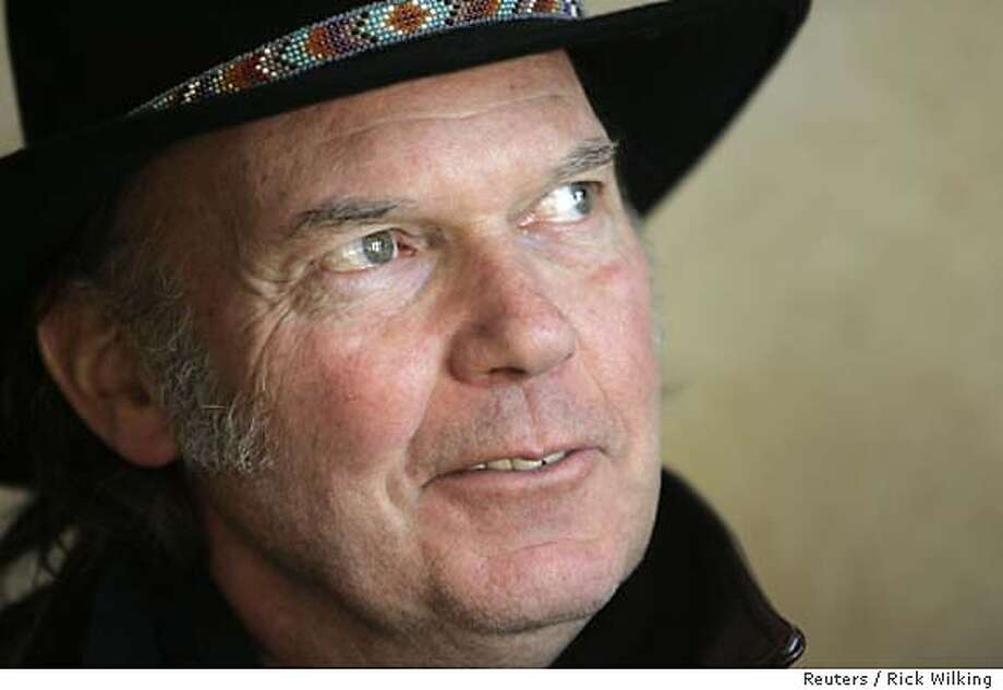 "Singer Neil Young poses at the 25th annual Sundance film festival in Park City, Utah January 24, 2006. A Jonathan Demme directed documentary of Young's concerts titled ""Neil Young: Heart of Gold"" premiered at the festival. REUTERS/Rick Wilking Photo: RICK WILKING"