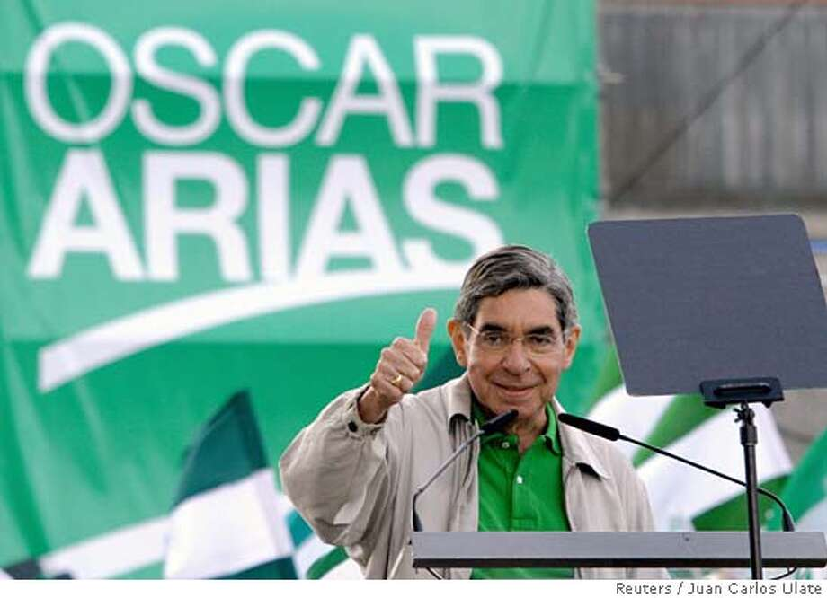 Former Costa Rican President and presidential candidate of the National Liberation Party (PLN) Oscar Arias gives a thumbs-up to his supporters during a closing campaign rally in San Jose, Costa Rica January 29, 2006. Arias, 65, who won the Nobel Peace Prize in 1987 for a peace plan that helped ended Central America's civil wars,is leads according to the latest poll. Costa Ricans will elect a new president on February 5. REUTERS/Juan Carlos UlateRan on: 02-05-2006  Oscar Arias, 65, who won a Nobel Peace Prize in 1987 when he was president of Costa Rica, is once again a presidential candidate. Photo: JUAN CARLOS ULATE