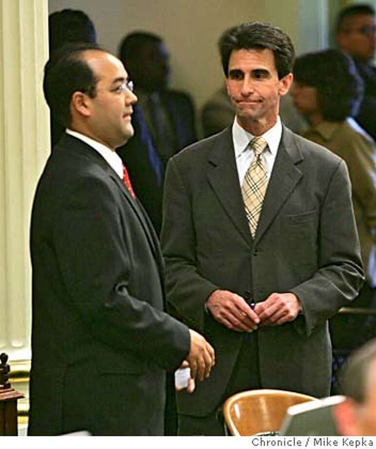 samesex128_mk.jpg  Assemblyman Mark Leno (right) passes Alberto Torrico on the floor. Torrico is a major oppponent of the AB19.  Assemblyman Mark Leno is making a last attempt to get AB19, otherwise know as the Religeous Freedom and Civil Marriage Protectin Act, passed Wednessday. 6/1/05 Mike Kepka / The Chronicle MANDATORY CREDIT FOR PHOTOG AND SF CHRONICLE/ -MAGS OUT Photo: Mike Kepka