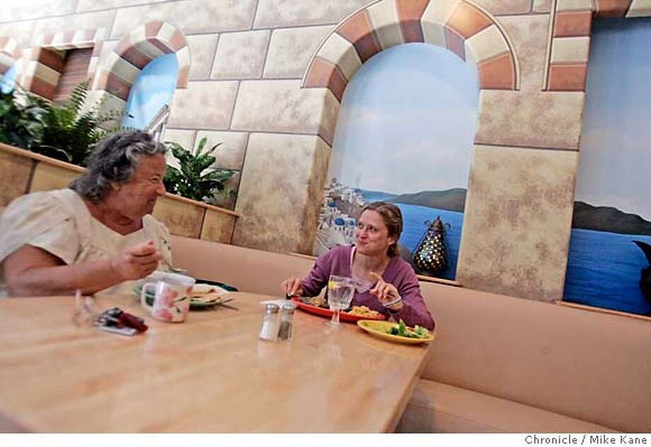 DINE05GFC_091_MBK.JPG  Patrons Sydney Clemens of San Francisco, left, and Fabienne Meuleman of NYC, visit over lunch at Good Frikin Chicken in San Francisco, CA, on Monday, August, 27, 2007. photo taken: 8/27/07  Mike Kane / The Chronicle * Sydney Clemens Fabienne Meuleman MANDATORY CREDIT FOR PHOTOG AND SF CHRONICLE/NO SALES-MAGS OUT Photo: Kane, Mike