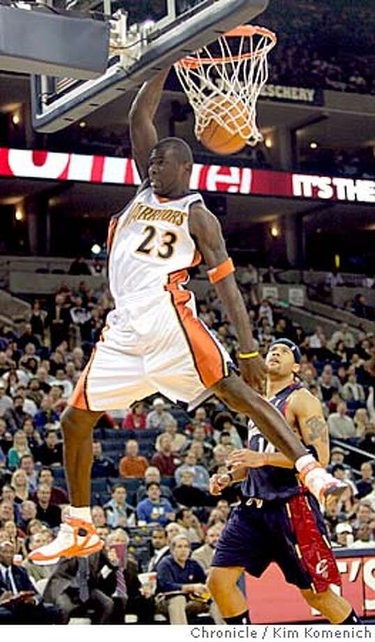 Jason Richardson in first quarter dunk.  Golden State Warriors vs Cleveland Cavaliers at the Coliseum  San Francisco Chronicle photo by Kim Komenich  1/20/06 Photo: Kim Komenich