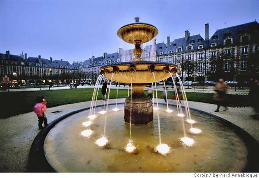 The Place des Vosges, former home to both Victor Hugo and Cardinal Richelieu, is great for shopping and cafe hopping.