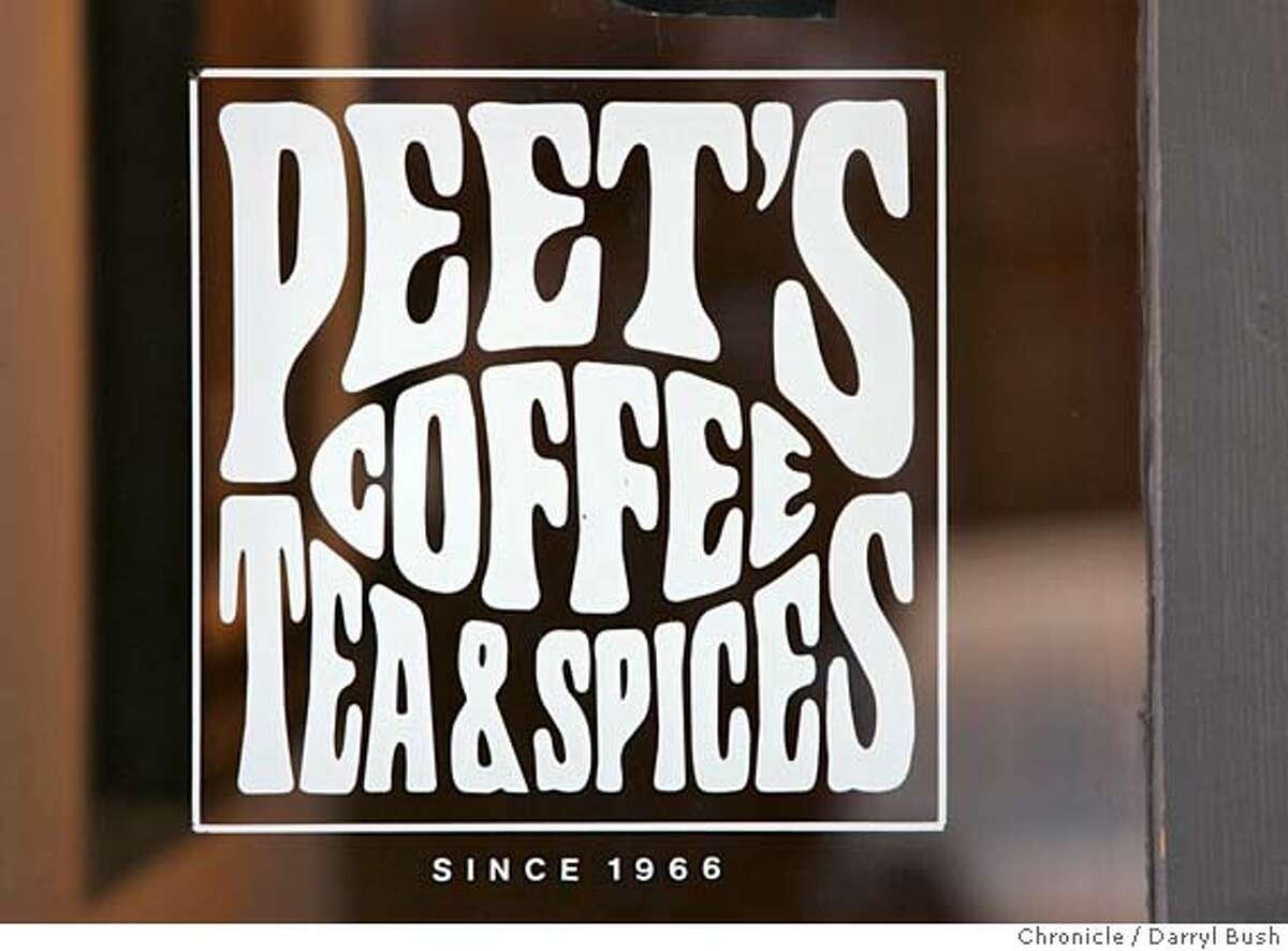 peetscoffee_db_006.JPG A sign says