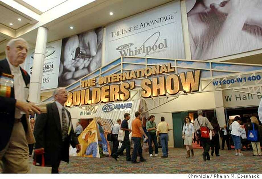 INTERNATIONAL BUILDERS' SHOW Photo: PHELAN M. EBENHACK