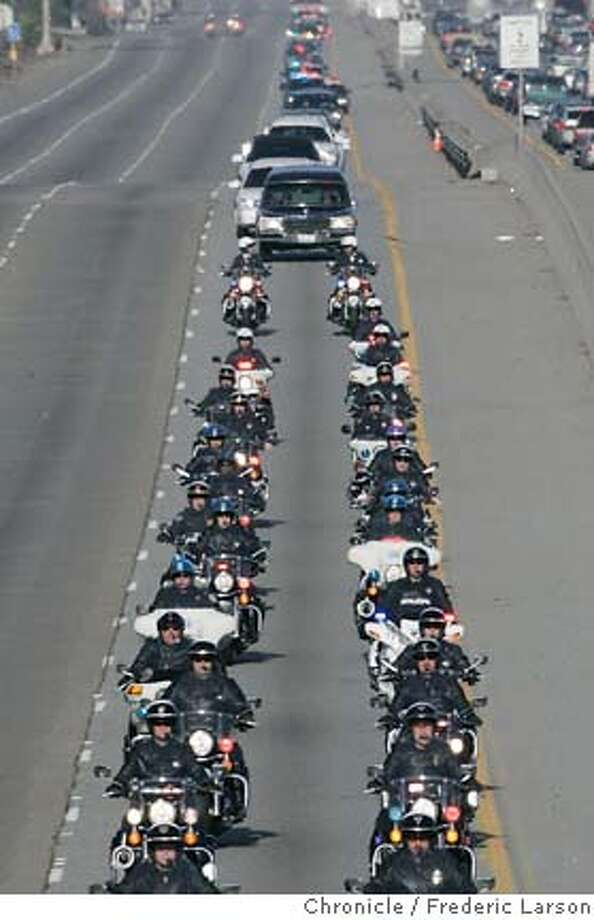 {object name}  The funeral procession for slain East Palo police Officer Richard May was escorted by hundreds of officers south bound on Highway 101 from Menlo Park to downtown San Jose. 1/12/06  Frederic Larson Photo: Frederic Larson