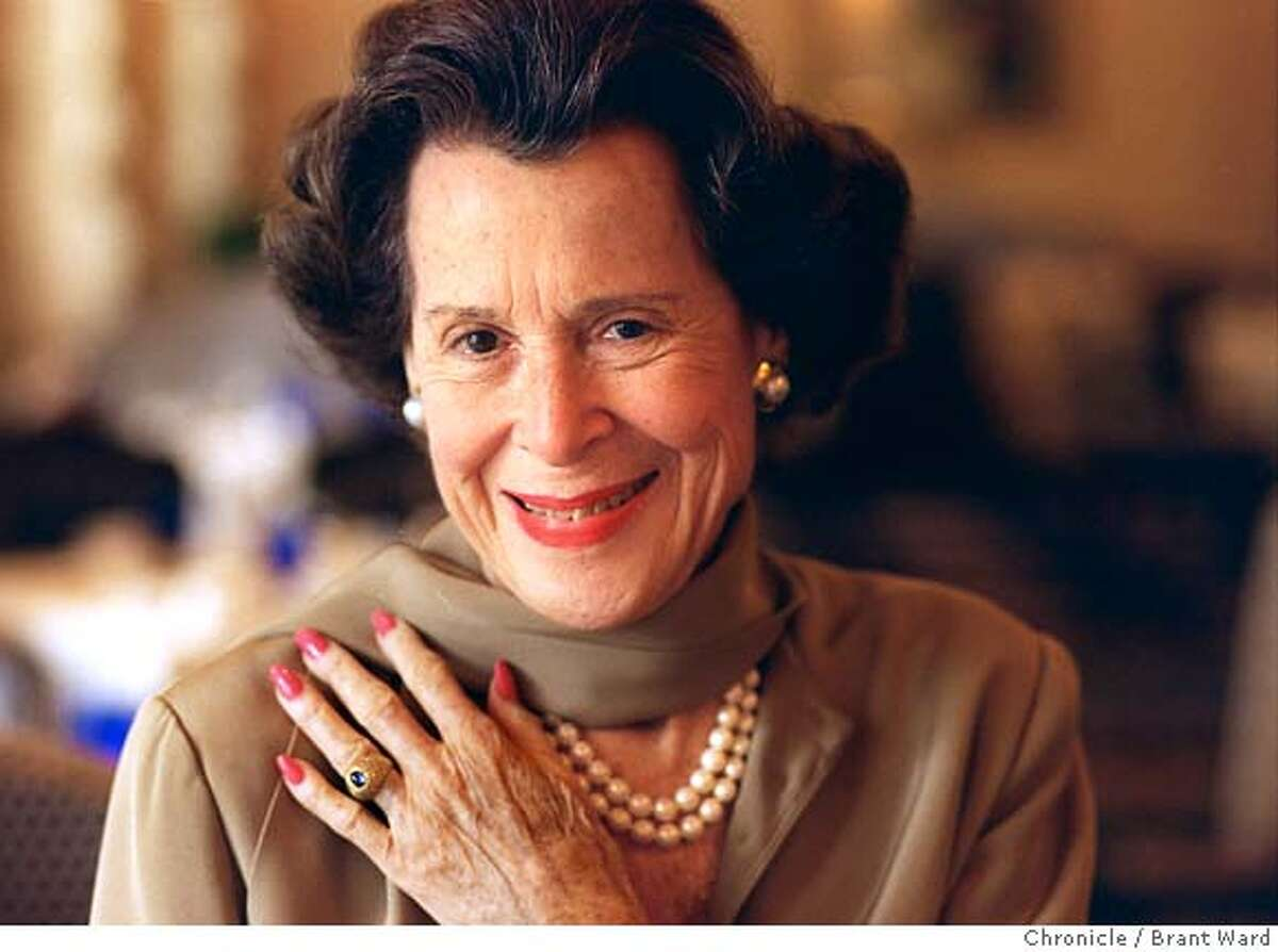 HART/28OCT96/DD/BW--Kitty Carlisle Hart is working on a new theatre for USF. Here she is at the Clift Hotel during a visit to SF. By Brant Ward/Chronicle ALSO RAN: 10/07/99 CAT