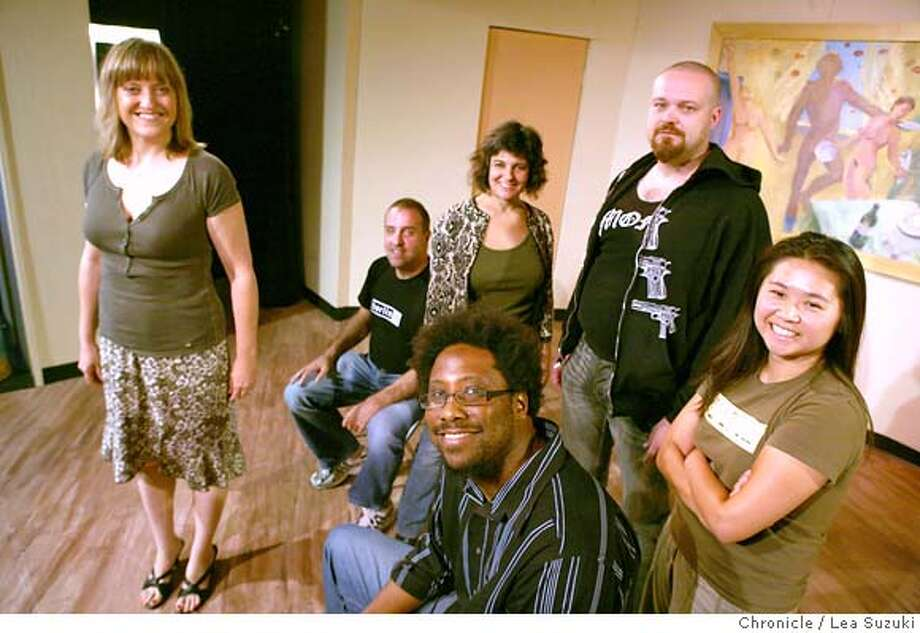 """perform30_130_ls.JPG  Clockwise from left: Leslie Beam; Enzo Lombard, Producer; Ericka Lutz, Bucky Sinister, Thao Nguyen, and W. Kamal Bell (front in glasses). Beam, Lutz, Sinister and Nguyen will perform in the second """"Solo House"""" at the Shelton Theater.  """"Solo House"""" is a new Shelton Theater show hosted by W. Kamau Bell and will include 4 solo performers who will change from show to show.  Photo by Lea Suzuki/The Chronicle  Photo taken on 8/26/07, in San Francisco, CA. �2007, San Francisco Chronicle  MANDATORY CREDIT FOR PHOTOG AND SAN FRANCISCO CHRONICLE/NO SALES-MAGS OUT Photo: LEA SUZUKI"""