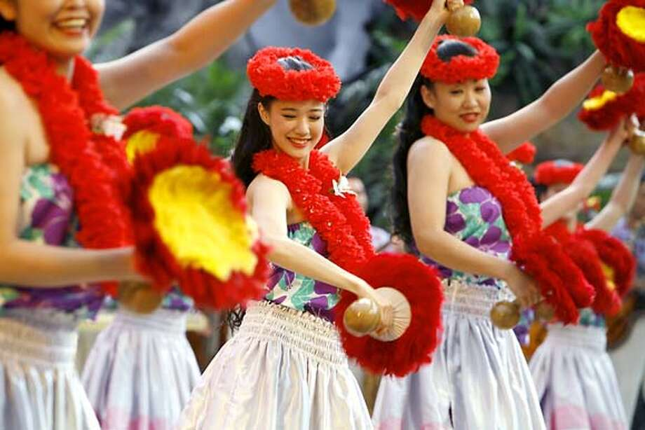 """A scene from Sang-il Lee's """"Hula Girls"""" (2006). Photo: -"""