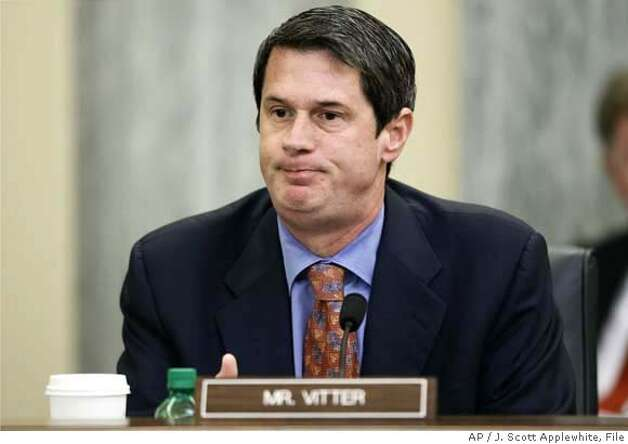 ** ADVANCE FOR MONDAY, AUG. 27 - FILE ** Sen. David Vitter, R-La., returns to his duties on Capitol Hill in Washington, Tuesday, July 17, 2007, after emerging from a week of seclusion and scandal linking him to a Washington escort service. (AP Photo/J. Scott Applewhite, file) ADVANCE FOR MONDAY, AUG. 27. Photo: J. Scott Applewhite