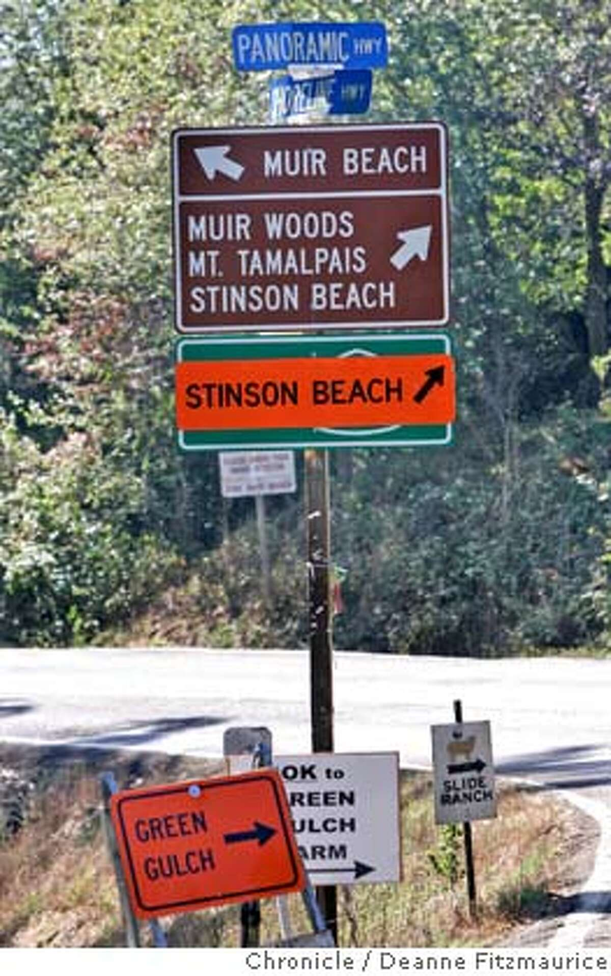 stinson_002_df.JPG Detour sign to Stinson Beach. Caltrans has closed a section of Highway 1 in Marin County for road repairs. Deanne Fitzmaurice / San Francisco Chronicle Ran on: 09-24-2005 Baja Gov. Eugenio Elorduy with Gov. Arnold Schwarzenegger Ran on: 09-24-2005 Baja Gov. Eugenio Elorduy with Gov. Arnold Schwarzenegger