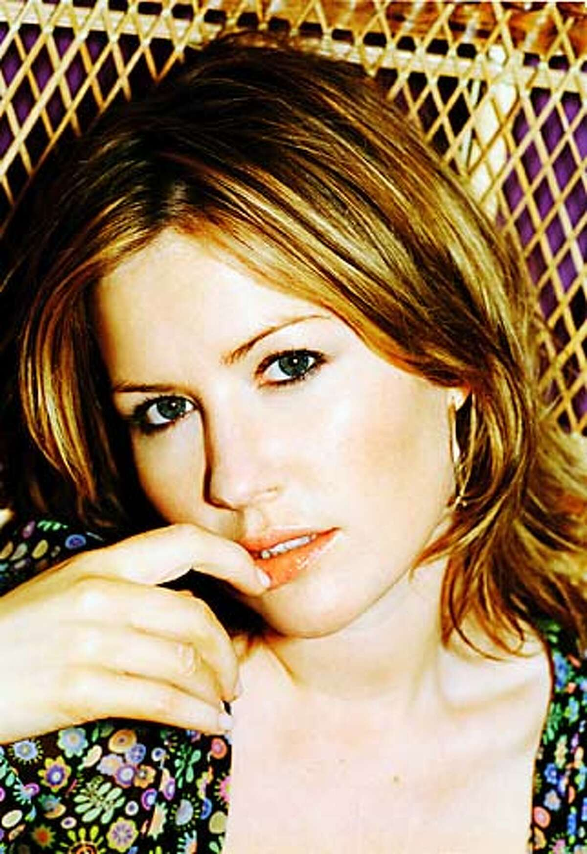 For POPQUIZ05, datebook ; Dido ; no further caption info supplied ; 7/31/03 in . / HO