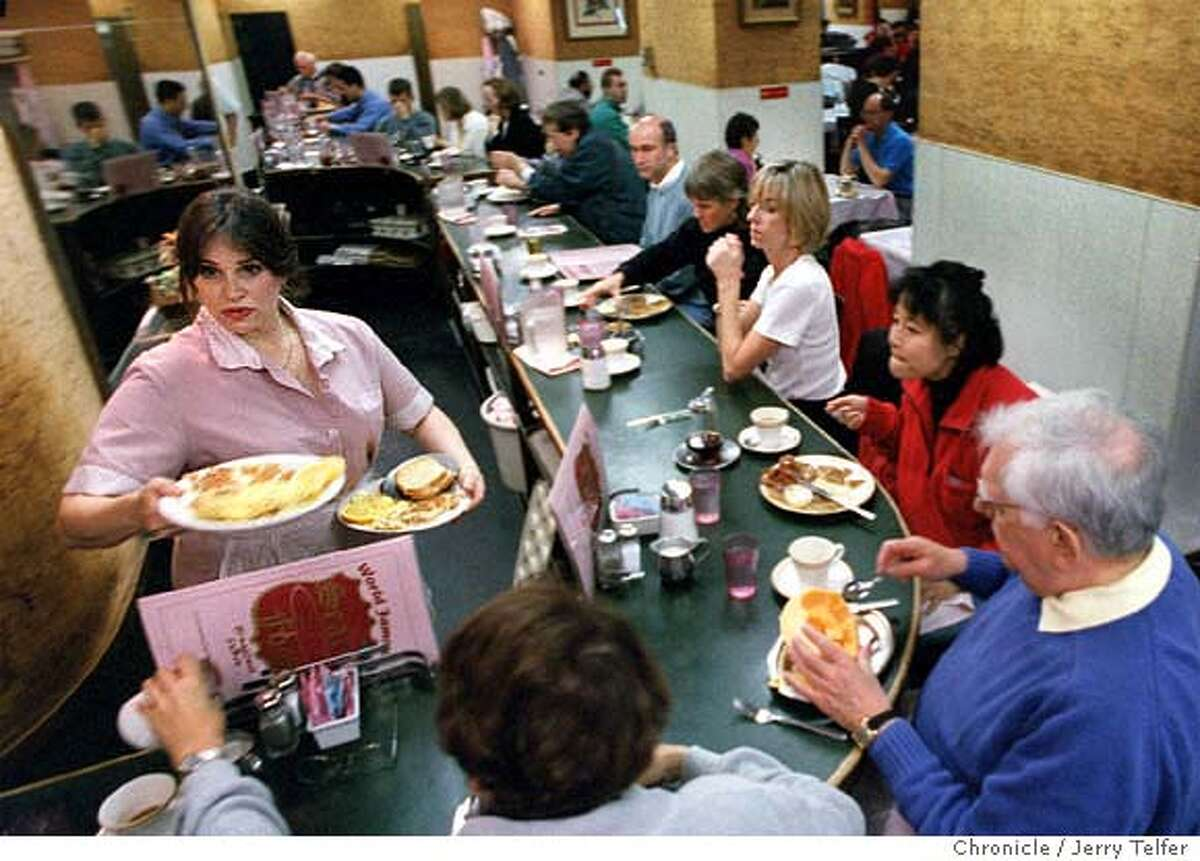 CLASSICS.19/C/13NOV97/FD/JLT Packed house for breakfast at Sears Fine Foods restaurant. 439 Powell Street PHOTO BY JERRY TELFER
