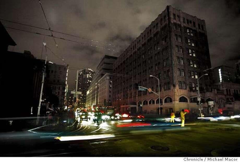 blackout 12/20/03 in San Francisco. MICHAEL MACOR / The Chronicle Photo: MICHAEL MACOR