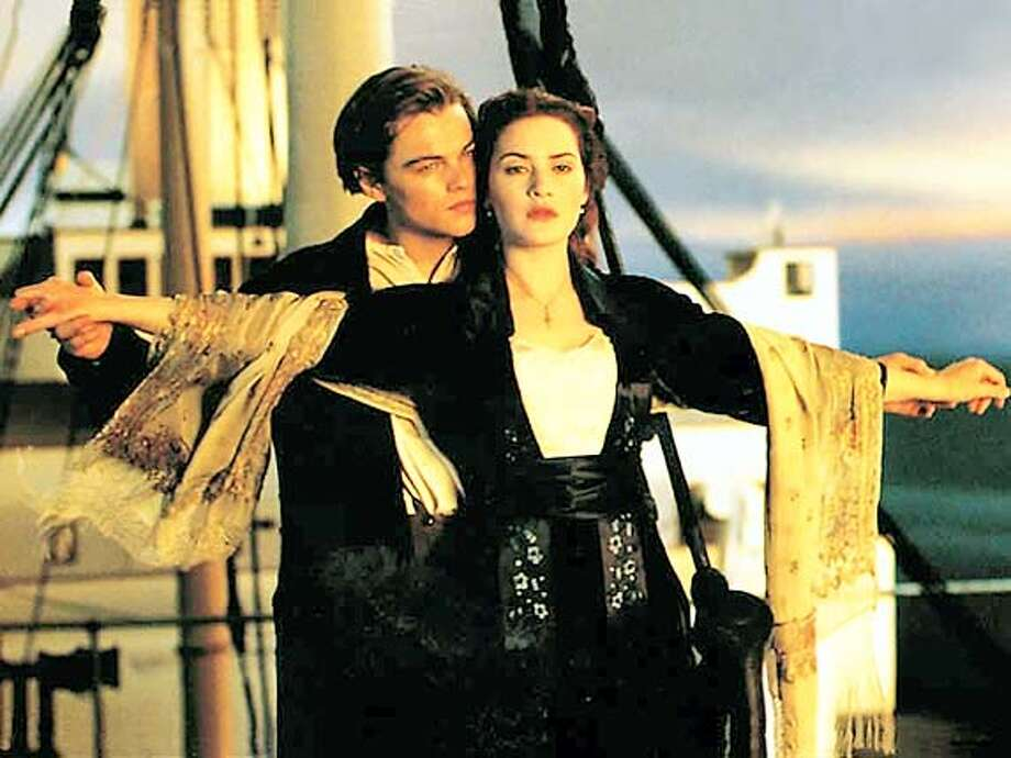 TITANIC19.jpg  Leonardo DiCaprio and Kate Winslet in Paramount's Titanic 1997