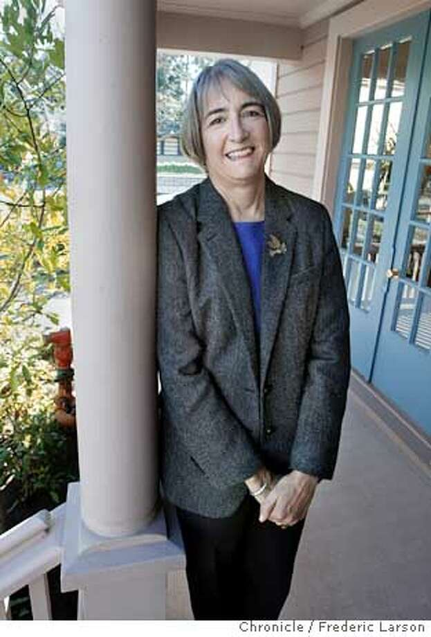 ; Susan Packard Orr, a daughter of the co-founder of Hewlitt Packard, heads a software firm, called Telosa, that makes software marketed primarily to non-profit charities and arts organizations and other community groups. She is a former HP board member and chairs the board of the Packard Foundations, which gives away scads of money to worthy causes. SHe is the Spotlight profile for the Wednesday, Dec. 17 Business section. We're interviewing her in her Telosa office, so we can get shots of her in her natural habitat. The interview will center on both her philantropic and entrepreneurial activities on 12/15/03, in Palo Alto, CA. City:� .  FREDERIC LARSON/The Chronicle; Photo: FREDERIC LARSON