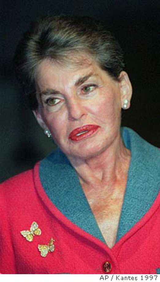 "**FILE** Billionaire real estate heiress Leona Helmsley is shown in this Wednesday, May 28, 1997 file photo, in New York. Helmsley, the hotelier who went to prison as a tax cheat and was reviled as the ""queen of mean,"" died Monday, Aug. 20, 2007 at age 87. Helmsley died of heart failure at her summer home in Greenwich, Conn., said her publicist, Howard Rubenstein. (AP Photo/Kanter, FILE) Photo: DOUG KANTER"