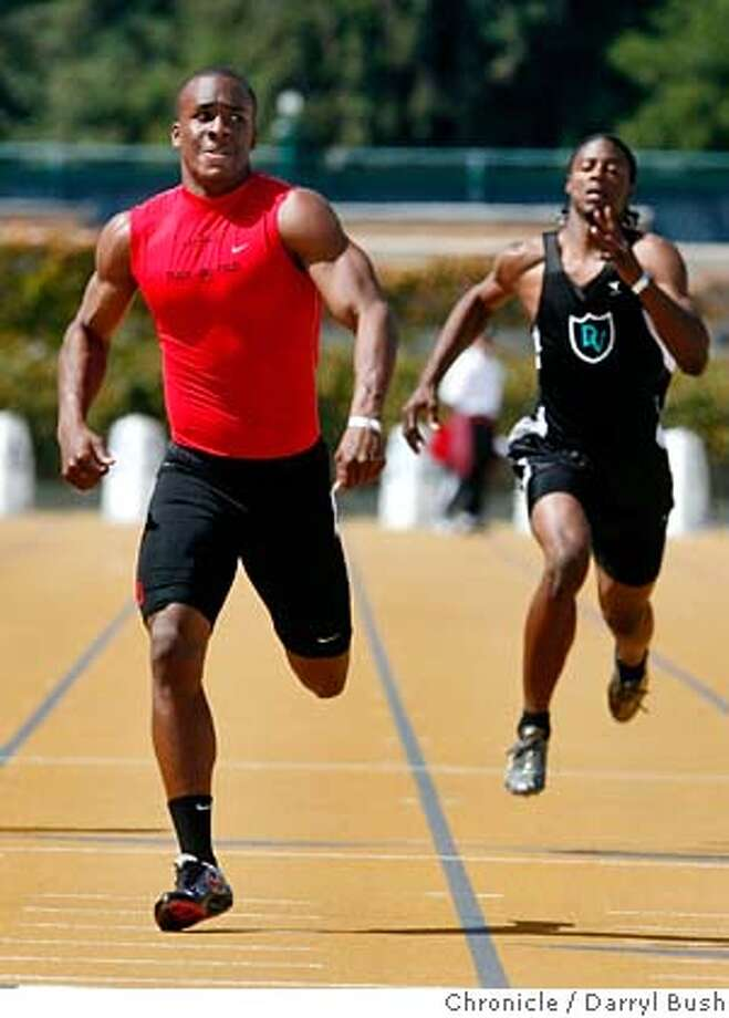 "ncstrack27_0007_db.JPG  Jahvid Best of Salesian, left, wins with a time of 20.92 ahead of 2nd place finisher, Taiwan Jones of Deer Valley with a time of 21.71, right, during Boys 200 Meter Dash finals at 2007 North Coast Section Track & Field ""Meet of Champions"" finals at Edwards Stadium in Berkeley, CA, on Saturday, May, 26, 2007. photo taken: 5/26/07  Darryl Bush / The Chronicle **roster (cq) MANDATORY CREDIT FOR PHOTOG AND SF CHRONICLE/NO SALES-MAGS OUT Photo: Darryl Bush"