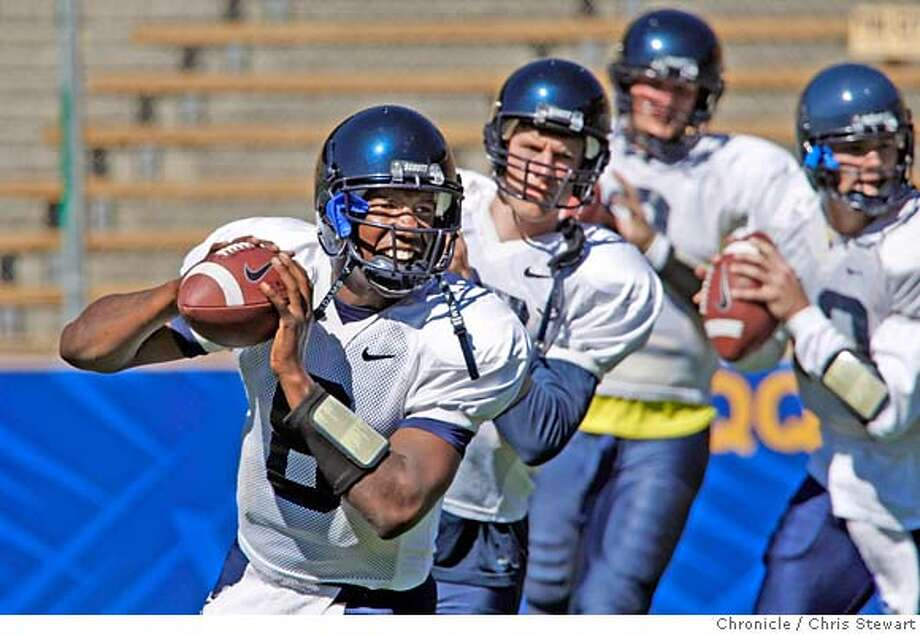 CAL_FOOTBALL_0195_cs.jpg Event on 8/16/07 in Oakland  Kyle Reed (cq), a quarterback (#8) joins fellow Cal Berkeley football team members as they practice at Memorial Stadium on the Cal Berkeley campus. Photographed August 16, 2007. Chris Stewart / The Chronicle Call football, Kyle Reed MANDATORY CREDIT FOR PHOTOG AND SF CHRONICLE/NO SALES-MAGS OUT Photo: Chris Stewart