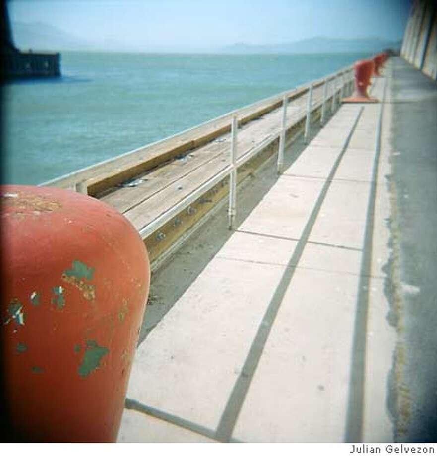 for flickr pickr 8-16-2007. photo by Julian Gelvezon Photo: Julian Gelvezon