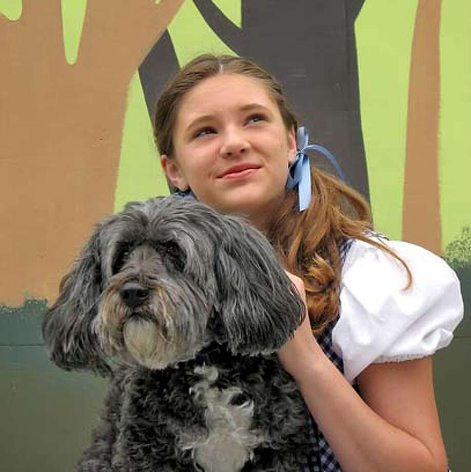 """� 15-year-old Rachel Wagner plays Dorothy in the Woodminster Summer Musicals production of """"The Wizard of Oz."""" Photo: Tk"""