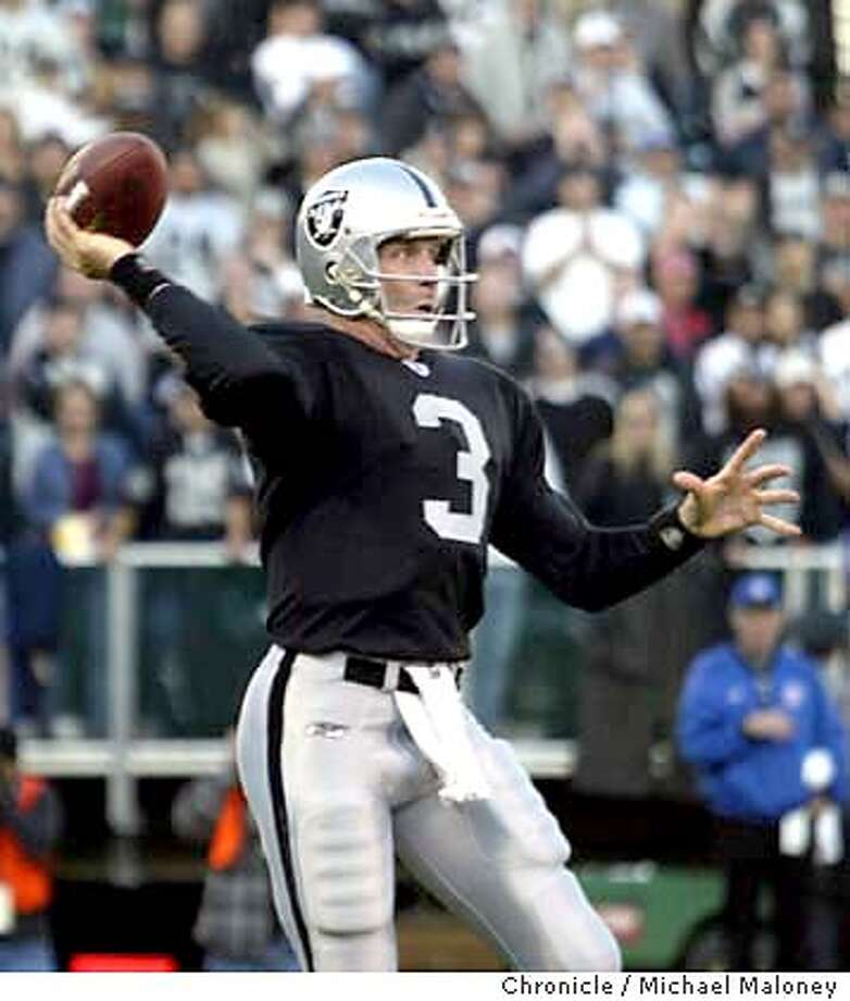 Raiders QB Rick Mirer in the 4th quarter.  Oakland Raiders vs New York Jets at the Network Associates Coliseum in Oakland.  Event on 11/9/03 in Oakland.  MICHAEL MALONEY / The Chronicle Photo: MICHAEL MALONEY
