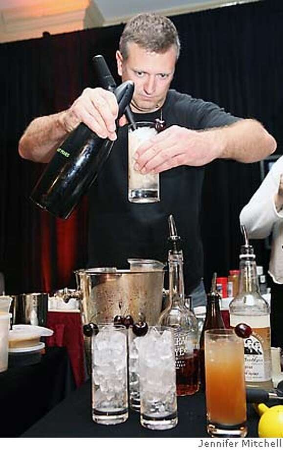 Caption: H. Joseph Ehrmann of Elixir bar (SF) in a live Bar Chefs.  Credit: Jennifer Mitchell Photo: Jennifer Mitchell