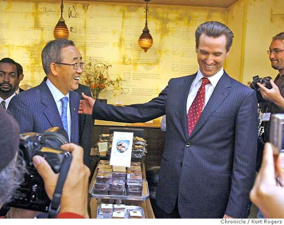 The U.N. Secretary-General Ban Ki-moon arrived in San Francisco.his second stop was the Ferry building where he took a tour and met the Mayor of San Francisco Gavin Newsom. WEDNESDAY, JULY 25, 2007 KURT ROGERS NOVATO SFC  THE CHRONICLE Photo: KURT ROGERS