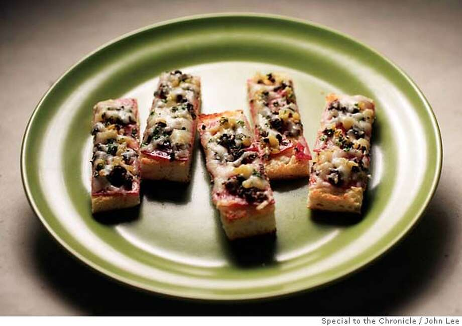 PAIRINGS27_02_JOHNLEE.JPG  Open foccacia sandwich.  By JOHN LEE/SPECIAL TO THE CHRONICLE Photo: John Lee