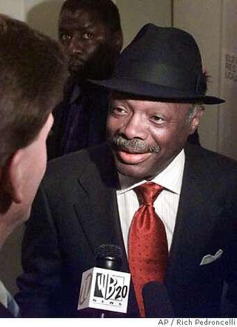 Willie Brown never shied away from high fashion. Associated Press photo, 1999, by Rich Pedroncelli