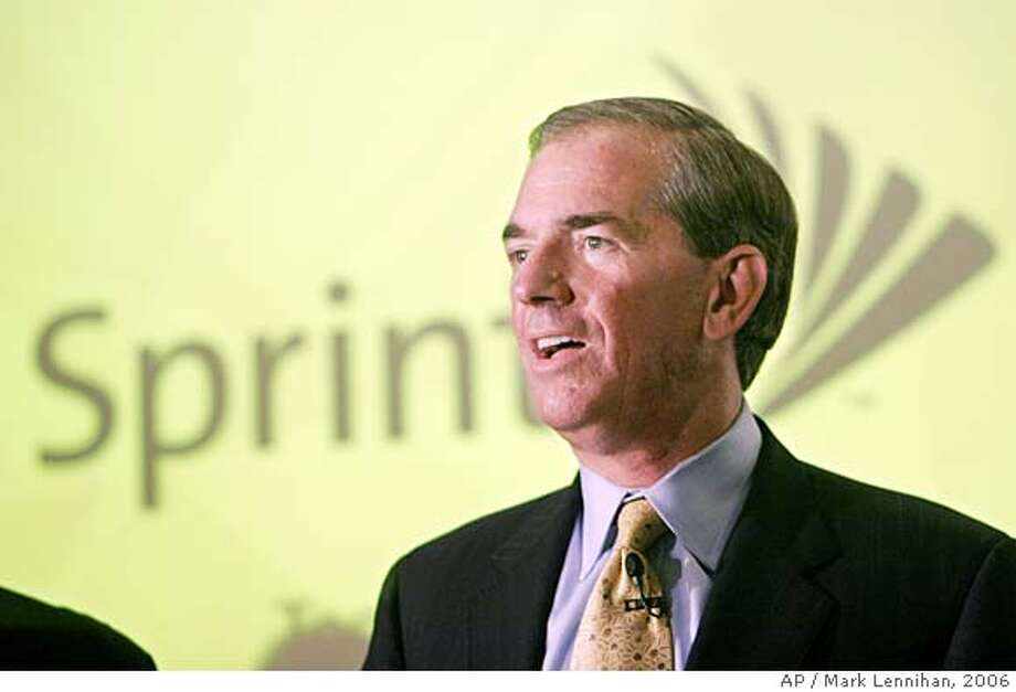 Gary Forsee, CEO of Sprint Nextel Corp., announces at a news conference in New York Tuesday, Aug. 8, 2006 that the company will use an emerging technology called WiMax to build a new high-speed wireless network. The company said the new network, expected to be available in the fourth quarter of 2007, will provide consumers with wireless Internet speeds on par with DSL and cable TV modems. (AP Photo/Mark Lennihan) Photo: MARK LENNIHAN