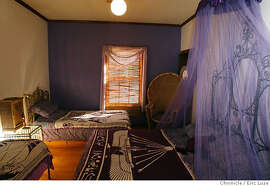 isisoasis15_173.JPG  One of the guest rooms called Goddess Hathor which has mosquito netting over the bed.  Isis Oasis Sanctuary in Geyserville is a retreat, home to wild birds and African cats including Ocelots is owned and run by Loreon Vigne. Photographer:  Eric Luse / The Chronicle names (cq) from source  Loreon Vigne