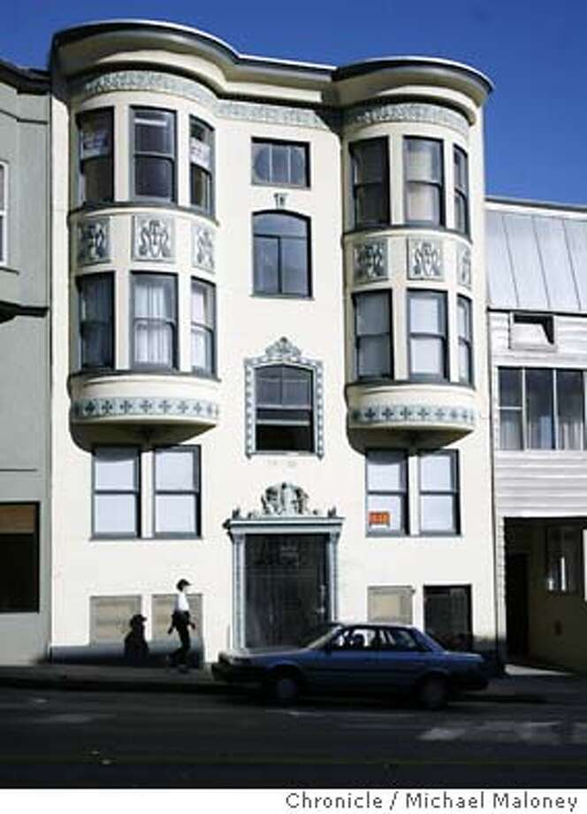 Exterior of the North Beach apartment that Simon Watts has lived in for 15 years. He lived on the top floor.  While he was away on an extended vacation someone stole everything out of the North Beach apartment that Simon Watts has lived in for 15 years. Everything. Dirty laundry, food from the refrigerator, old tax forms. While it took hours for the thieves to disassemble the furniture that the shipbuilder and writer had hand crafted, they also took items with seemingly little financial value. Yet police have no suspects, no leads and say they've never seen a crime like this before. Now, four months later, the family is offering a $5,000 reward  Event on 10/24/03 in San Francisco.  MICHAEL MALONEY / The Chronicle Photo: MICHAEL MALONEY