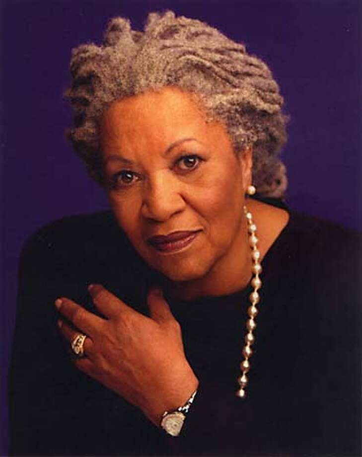 10/26/03 | Color | Advance | full | m1 | Sunday | rico 8434 | Toni Morrison