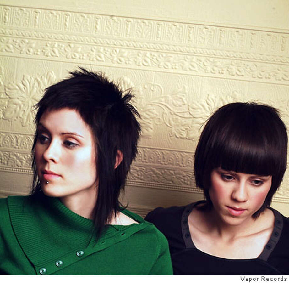 Tegan And Sara Haircuts: POP QUIZ: TEGAN AND SARA