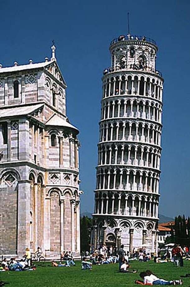 Leaning Tower of Pisa handout photo / no credit