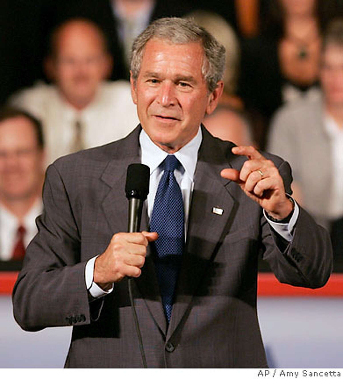 President Bush addresses the Greater Cleveland Partnership in Cleveland, Tuesday, July 10, 2007. (AP Photo/Amy Sancetta)