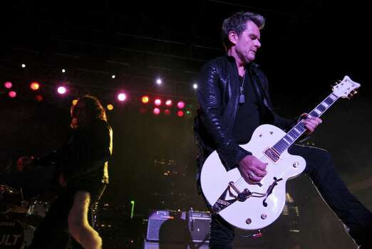 FOR METRO - The Cult's Billy Duffy performs with the band during South by Southwest Saturday March 17, 2012 in Austin, TX. Photo: EDWARD A. ORNELAS, EDWARD A. ORNELAS/SAN ANTONIO EXPRESS-NEWS / © SAN ANTONIO EXPRESS-NEWS (NFS)