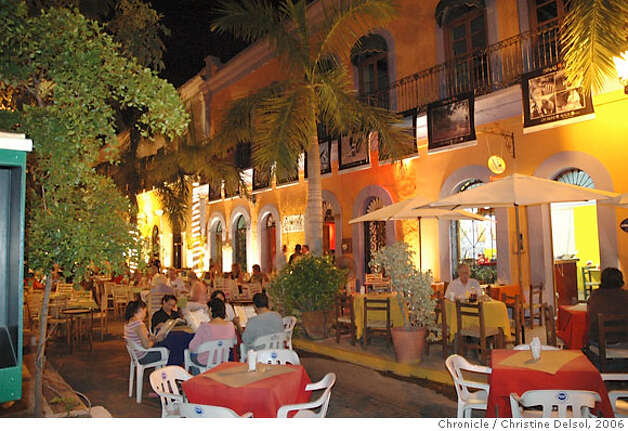 TRAVEL MAZATLAN -- Pedro y Lola restaurant on Plazuela Machado, Mazatlan's original central square,  Credit: Christine Delsol / The Chronicle 2006 Photo: Christine Delsol