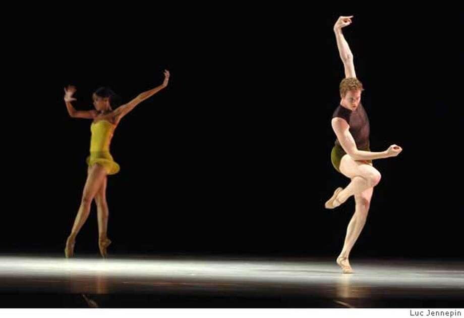 _Volumes_NIKON D2XS_choix presse alonzo king lines ballet montpellier dance 2007 copyright luc jennepin_Luc Jennepin - DSC_7946 Photo: Luc Jennepin