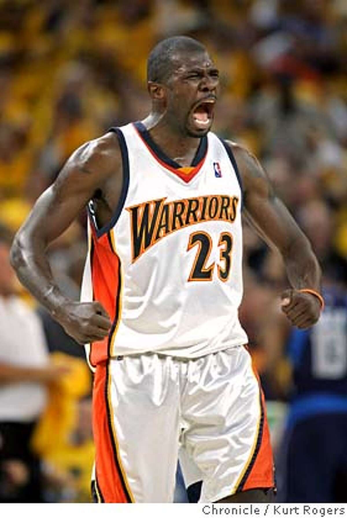 Jason Richardson after his three pointer and the steel in the 4th. made the score 99-75. Dallas Mavericks vs. Golden State Warriors in Playoff Game #6 at the Oracle arena in Oakland. THURSDAY, MAY 3, 2007 KURT ROGERS SAN FRANCISCO SFC KURT ROGERS/THE CHRONICLE _P4A0150.JPG Ran on: 05-04-2007 Andris Biedrins, Baron Davis and Stephen Jackson savor the Warriors growing lead during the second half. Ran on: 05-04-2007 Baron Davis and Jason Richardson embrace in celebration of the Warriors imminent Game 6 victory late in the second half. ALSO Ran on: 05-08-2007 MANDATORY CREDIT FOR PHOTOG AND SF CHRONICLE / NO SALES-MAGS OUT