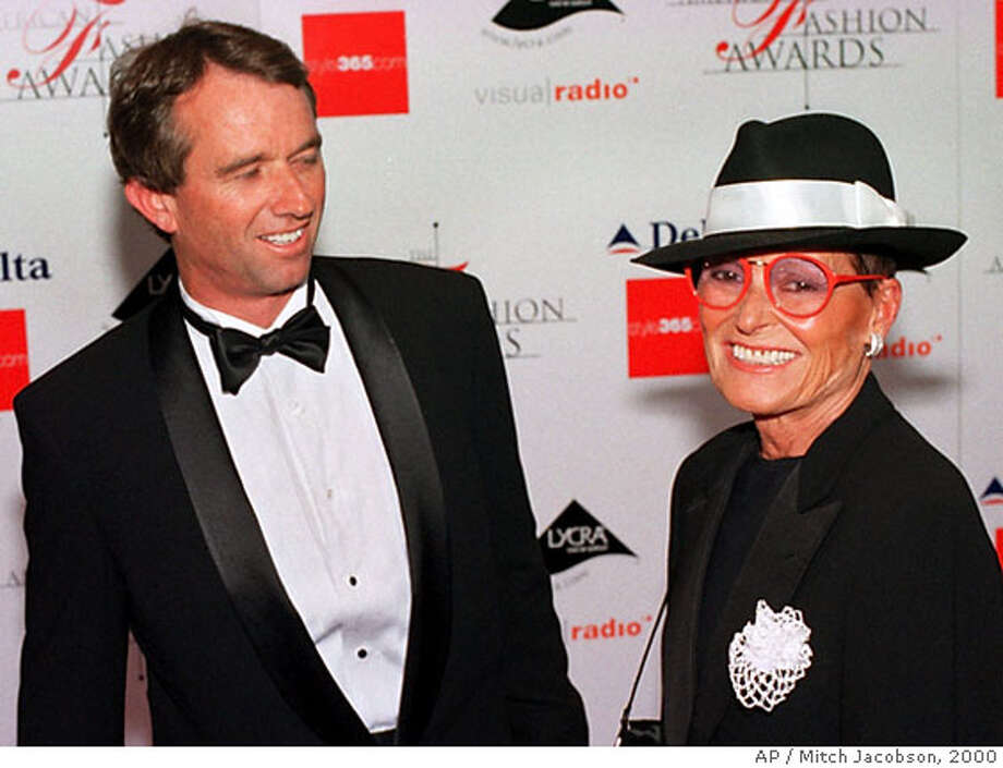 **FILE** Robert F. Kennedy Jr., left, appears with Liz Claiborne at the Council of Fashion Designers of America awards in New York in this Thursday, June 15, 2000 file photo. Claiborne was honored with the lifetime achievement award. Fashion house Liz Claiborne Inc. says founder Liz Claiborne, whose styles became an important influence for career women in the 1970s and 1980s, died Tuesday, June 26, 2007. (AP Photo/Mitch Jacobson, FILE) Photo: MITCH JACOBSON