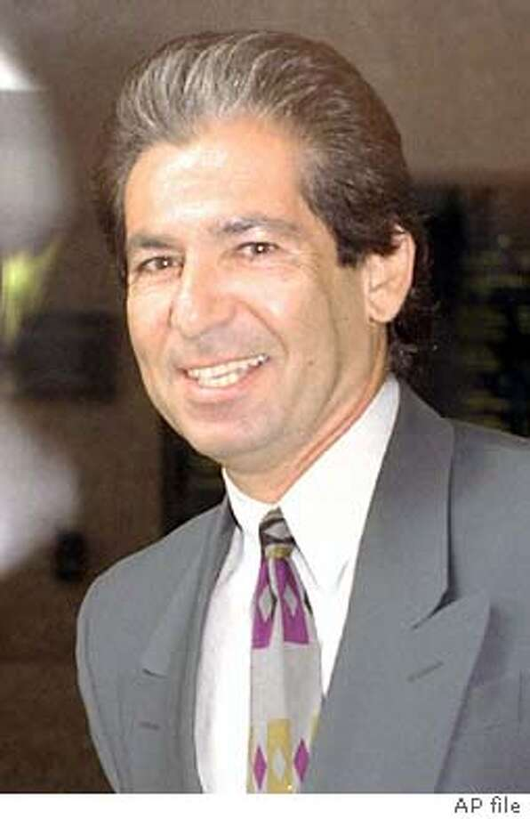 ** FILE ** Attorney Robert , a lawyer who was an important player in the O.J. Simpson saga, is shown in this May 3, 1996, file photo in Los Angeles. died Tuesday, Sept. 30, 2003, at his Encino, Calif., home eight weeks after being diagnosed with cancer of the esophagus, said his ex-wife, Kris Jenner, who is married to Olympic champion Bruce Jenner. He was 59. (AP Photo/Nick Ut) Photo: NICK UT
